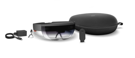 review-microsoft-hololens-4